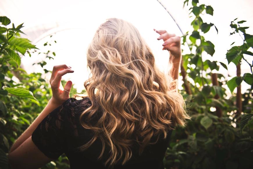 Cesta ku krásnym vlasom