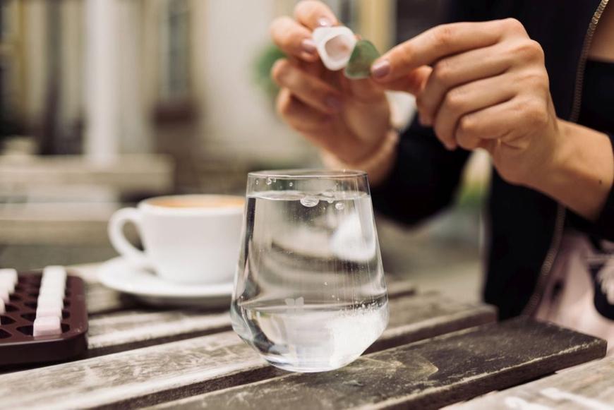 Waterdrop: Sila a vitamíny v kocke. Doslova.