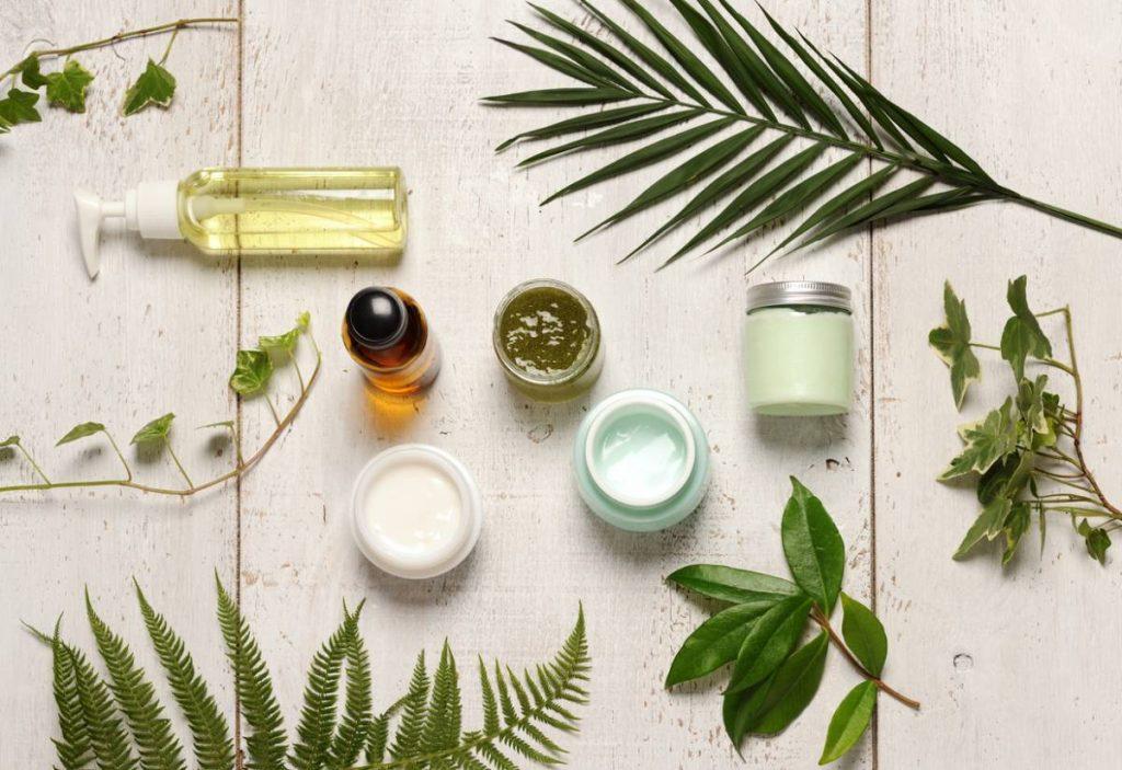 Rozdiel medzi prírodnou a bio kozmetikou. Ktorú si vybrať?
