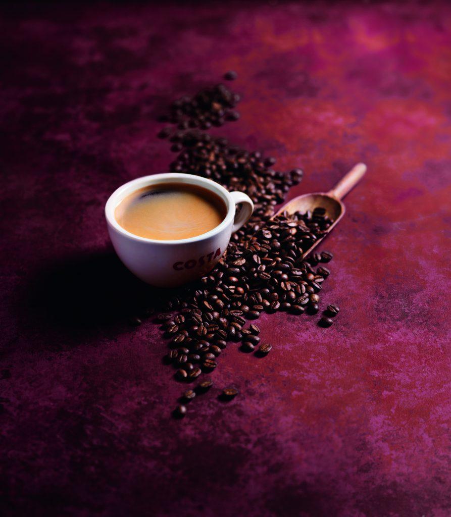 Babie leto s malinovými špecialitami od Costa Coffee