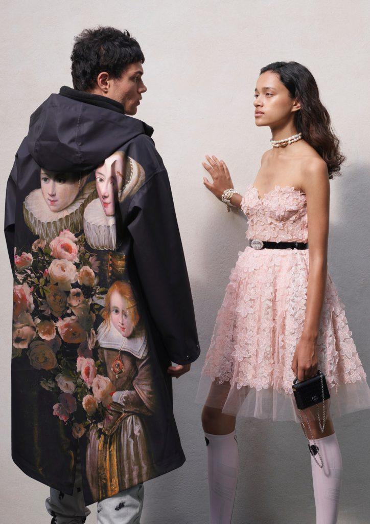 Kolekcia Giambattista Valli x H&M je tu! Prináša divoké vzory, romantické výšivky, róby aj street wear
