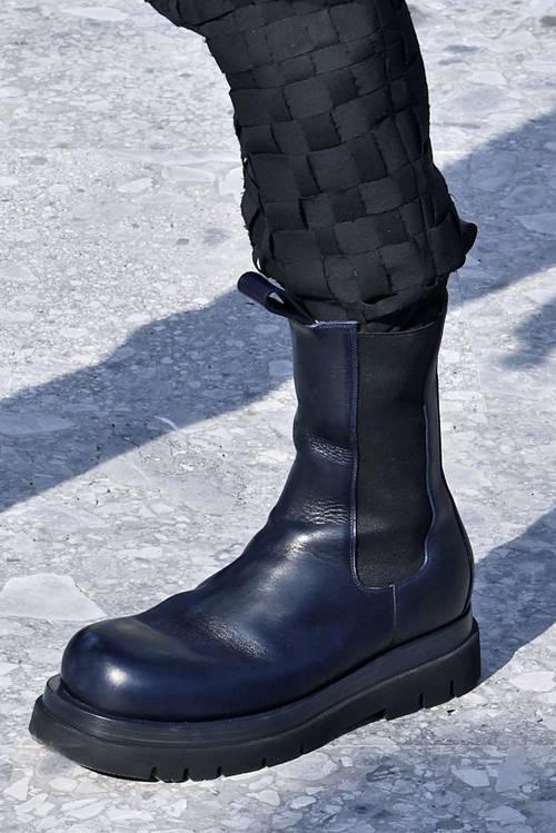 Nosí sa: Army boots