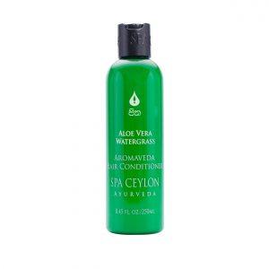 Prvá pomoc pre slnkom a vodou vysušené vlasy