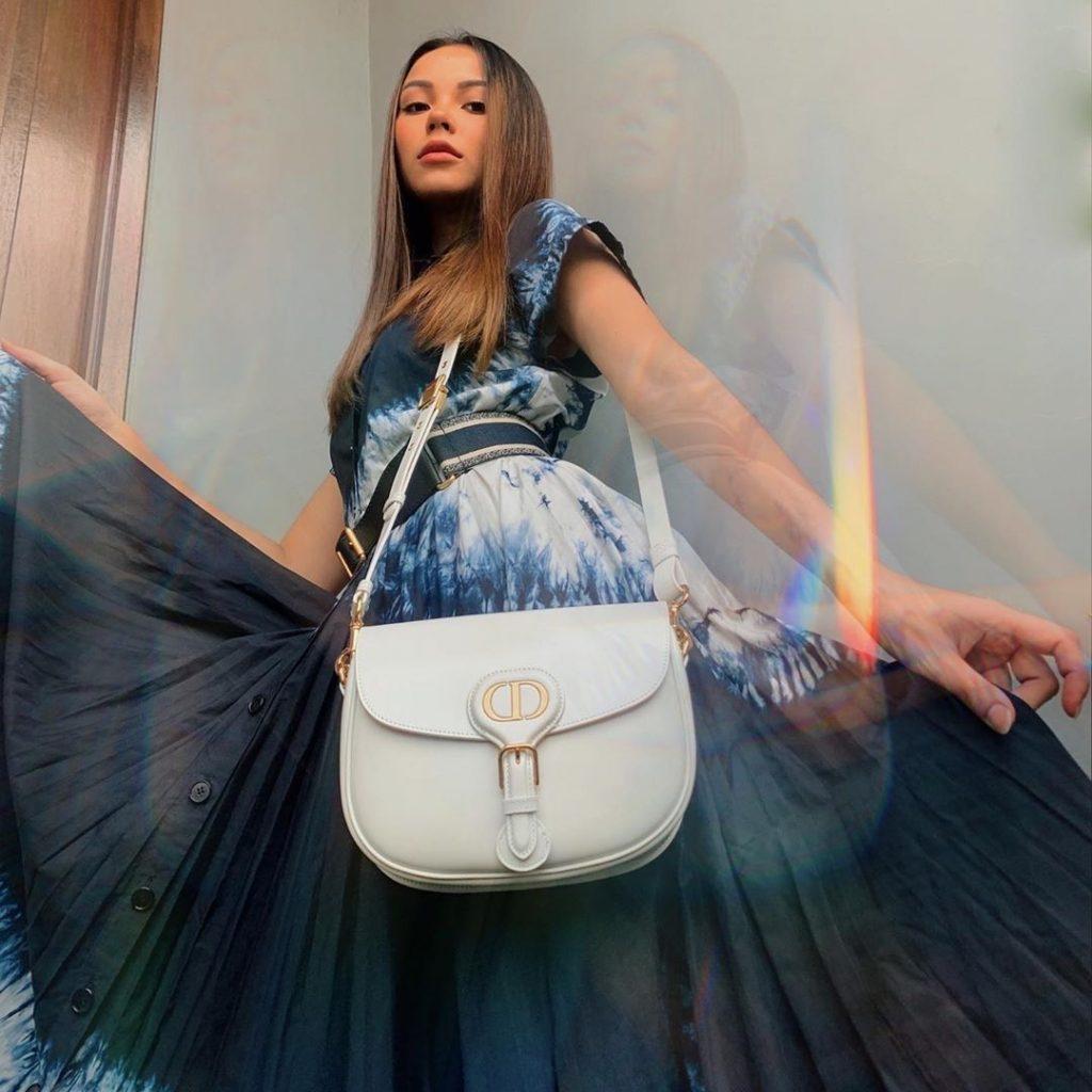 Nosí sa: Dior Bobby Bag