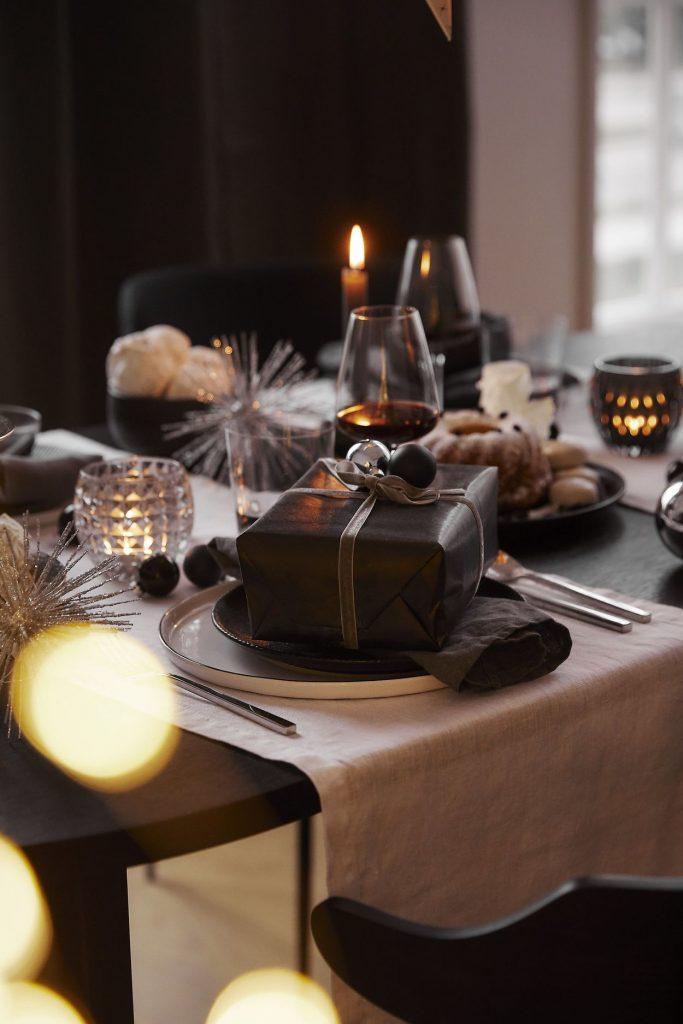 Päť dôvodov, prečo vianočné aranžovanie Black & White môže byť práve pre vás!
