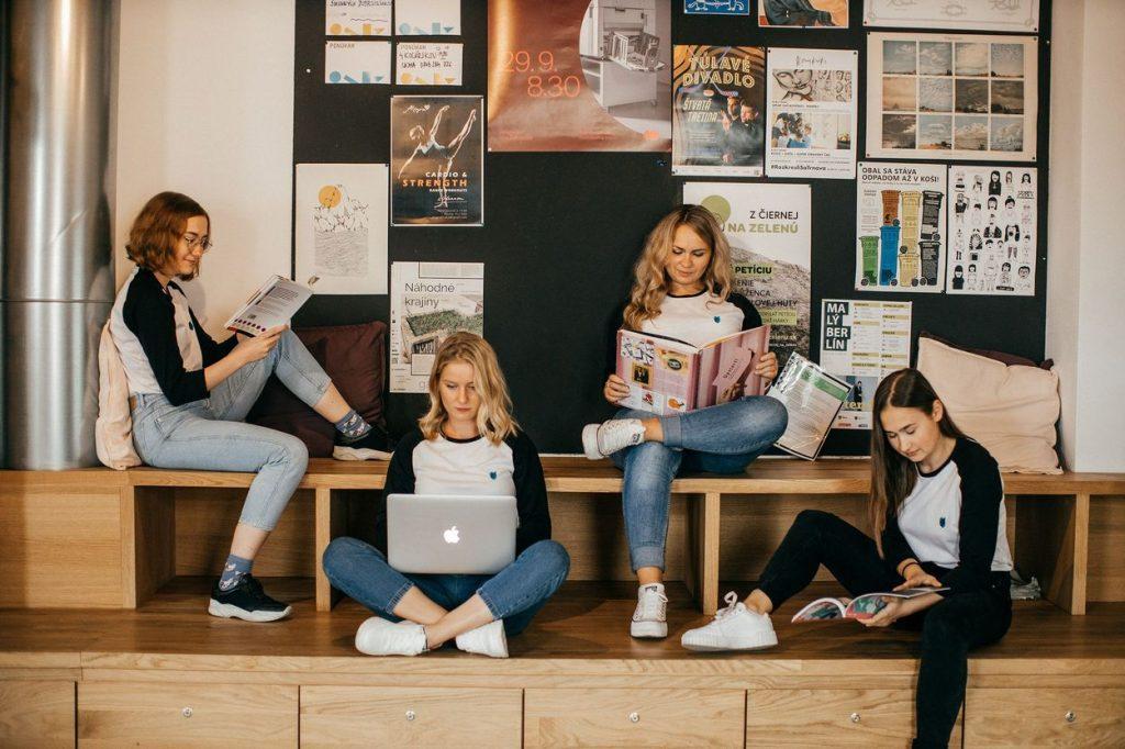Nádvorie Kampus: 6 mladých študentiek dostalo bývanie, mentorov, workshopy astretnutia so zaujímavými ľuďmi ato úplne zadarmo!
