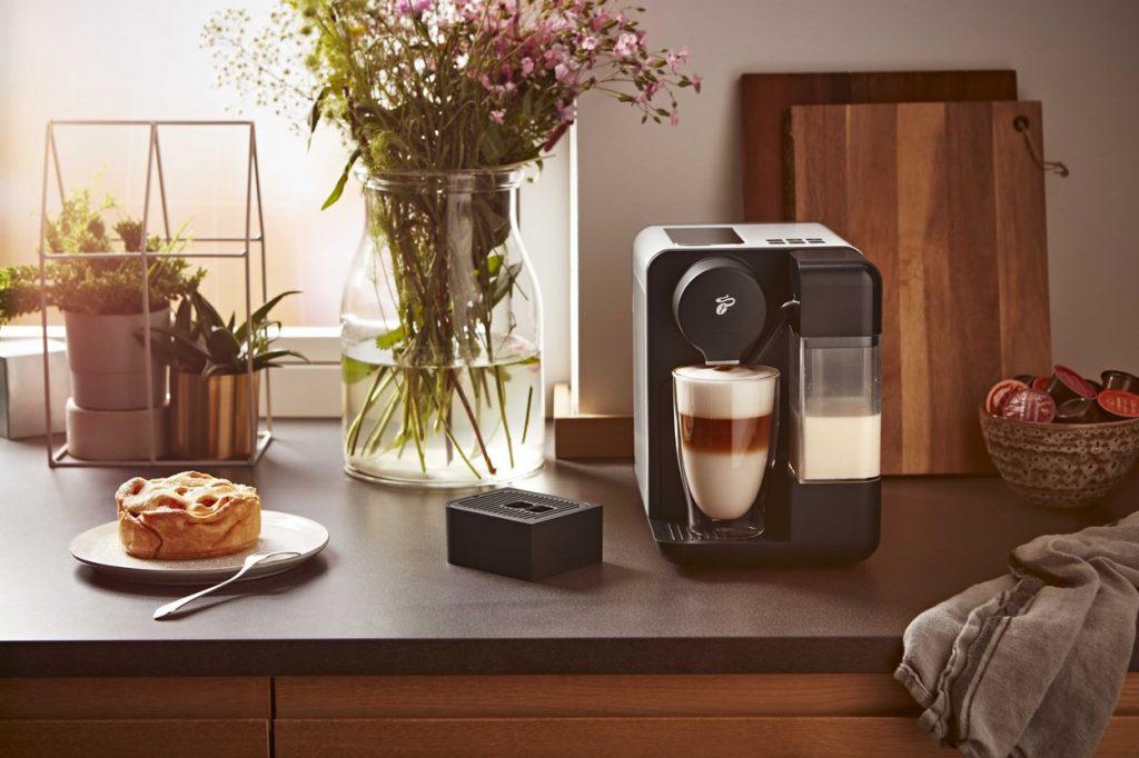 Dokážete spraviť cappuccino alebo caffè latte jedným prstom?