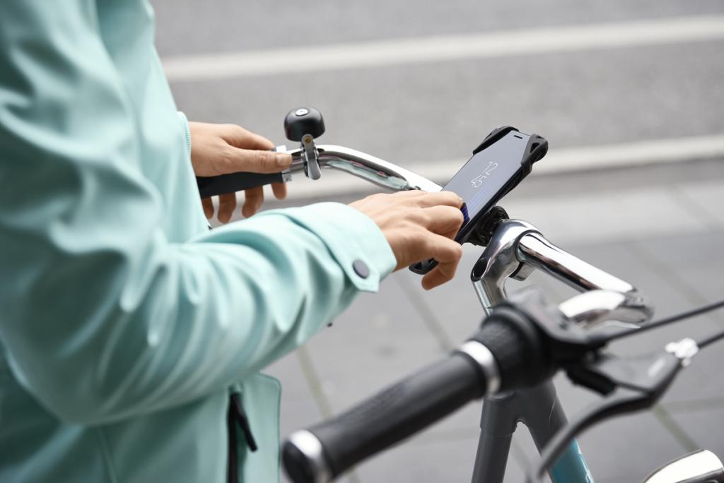 Bicyklujete? Našli sme štýlové a zároveň praktické vecičky, ktoré budete chcieť mať!