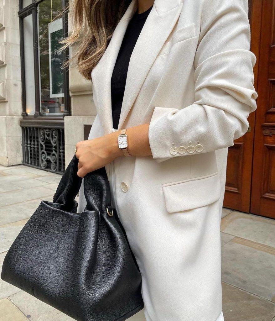 Quadro: Charakteristický ciferník a každodenná elegancia